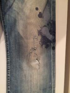 Paire de jeans Energie West Island Greater Montréal image 3