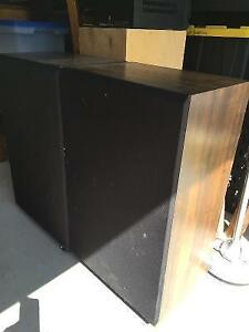 Set of 2 Floor Speakers with New Fisher Sub-woofers