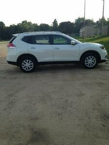 $2500 Cash incentive 2015 Nissan Rogue S SUV,