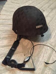 Casque Giro avec écouteurs intégrés grandeur large 57-59 cm
