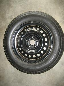 225/65/17 Nissan Rogue winter tires and rims