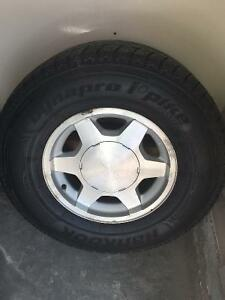Hankook Dynapro i-Pike RW07 Snow Tires with Rimes - Great Condit