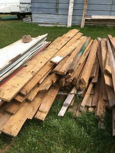 Wanted : rough sawed boards , barn boards