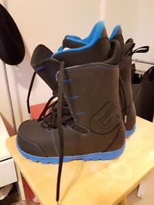Selling My Never Worn Burton Transfer Boots 10/10 Condition London Ontario image 1