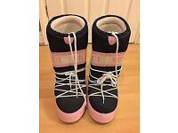 Women's Jack Wills/Tecnica moon boots snow boots
