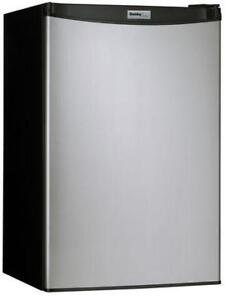 DANBY 4.4CF COMPACT FRIDGE ON SALE ------------------------ NO TAX DEAL