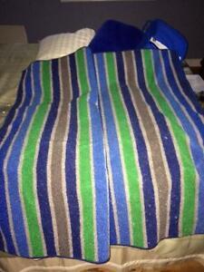 Dorm Bedding and floor mat