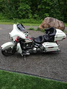 Harley  Davidson Ultra Classic FLHTCUI West Island Greater Montréal image 1