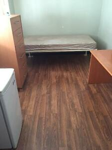 STUDENT ROOMS - FURNISHED - DOWNTOWN ST CATHARINES
