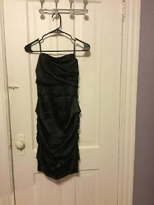 Women's dress - size small