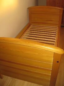 Mamma and Pappas Cot/Bed