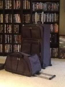 2 pc grey luggage set (2 sets available)
