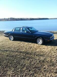 1998 Jaguar XJ8 Berline