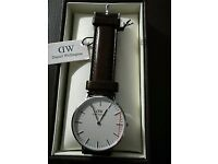 Daniel Wellington mens leather watch