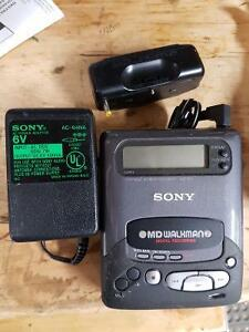 2 mini disc players Recorders