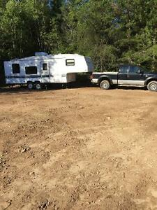 2002 F-250 Super Duty Truck and 1998 26' Fifth-Wheel for sale