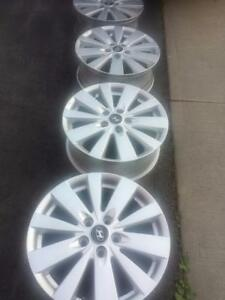 HYUNDAI SONATA  17 INCH FACTORY OEM ALLOY WHEEL SET OF FOUR IN EXCELLENT CONDITION.