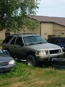 1999 GMC Jimmy SUV, Crossover MUST SELL