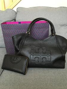 Tory Burch Bombe T tote and wallet