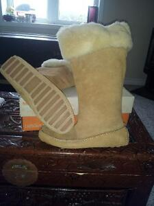 Brand New Hand Sewn Suede and Merino Wool Moccasin Boot Sz 10 Peterborough Peterborough Area image 1