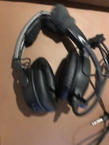 Bose A20 aviation headset West End Brisbane South West Preview