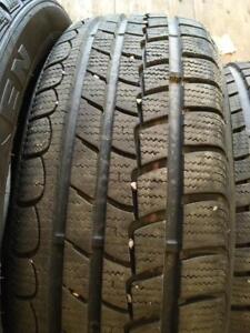 4 pneus d hiver 185/55r16 nexen comme neufs