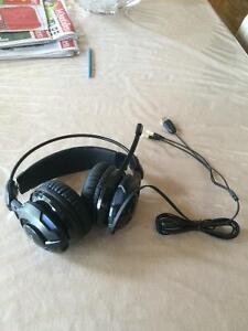 casque d'écoute avec micro pour Pc  + garanti Saguenay Saguenay-Lac-Saint-Jean image 1