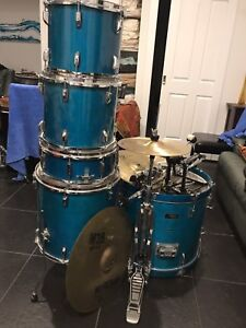 5 piece sonic drive drum kit Millswood Unley Area Preview