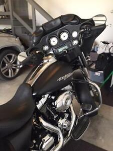 REDUCED PRICE MINT 2013 Street Glide