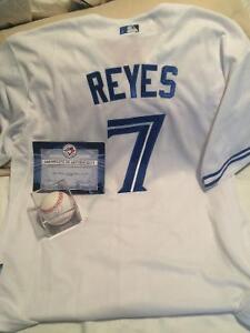 Toronto blue jays jersey with signed baseball *authentic