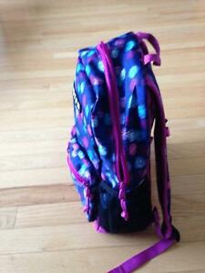 New kids to youth Burton backpack