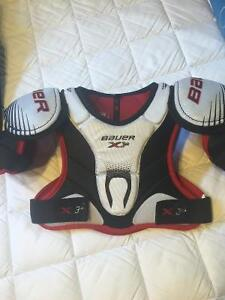 Bauer junior hockey pants and chest protector