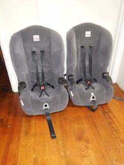 2 x Safe n Sound Maxi Rider Car seat in Good Condition