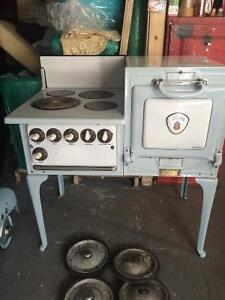 1929 Moffats oven kitchen stove reduced