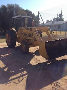 Tractor Ford front end loader Deniliquin Murray Area Preview