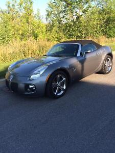 2007 Pontiac Solstice GXP Convertible | with wind screen