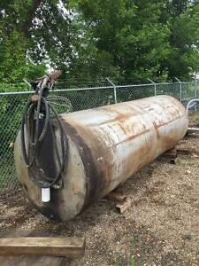 1000 Gallon Fuel Tank with Saddles and Electric Pump Regina Regina Area image 3