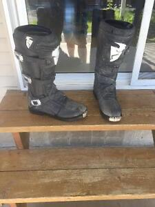 Motocross/Dirtbike gear and boots Thor and shift