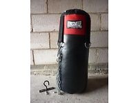 Lonsdale Punchbag with bracket and gloves