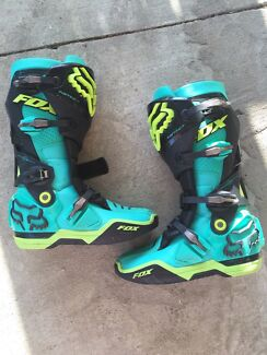 GLEN HELEN EDITION..fox instinct boots