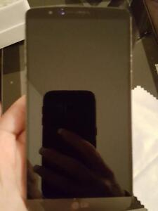 LG G3 - 32GB - with BELL