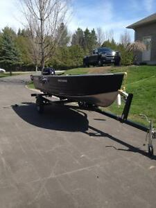 2012 sylvan boat motor and trailer immaculate shapw