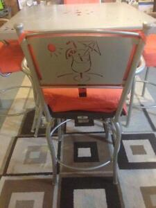 TRICA Outdoor Table w/ 4 Chairs London Ontario image 3