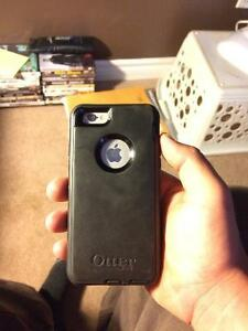 Mint condition iphone 6 with otter box Belleville Belleville Area image 2