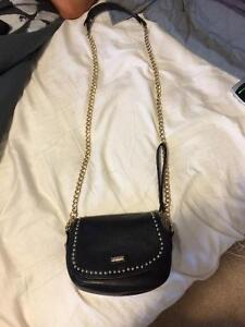 Guess cross body purse Kawartha Lakes Peterborough Area image 1