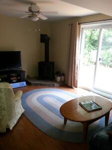 Short term rental accommodation Peterborough Peterborough Area image 5