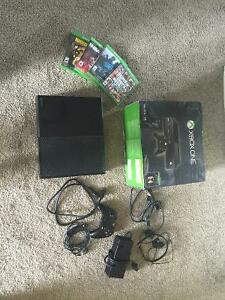 XBOX ONE Master Cheif Edition Great Condition/Price
