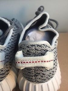 Selling Yeezy 350 Boost Turtle Doves - Size 9 Price Negotiable London Ontario image 3