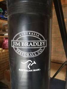 Boxing punching bag+stand Box Hill North Whitehorse Area Preview