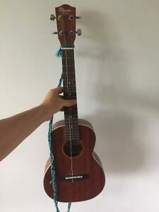 Concert Ukulele - Great Condition